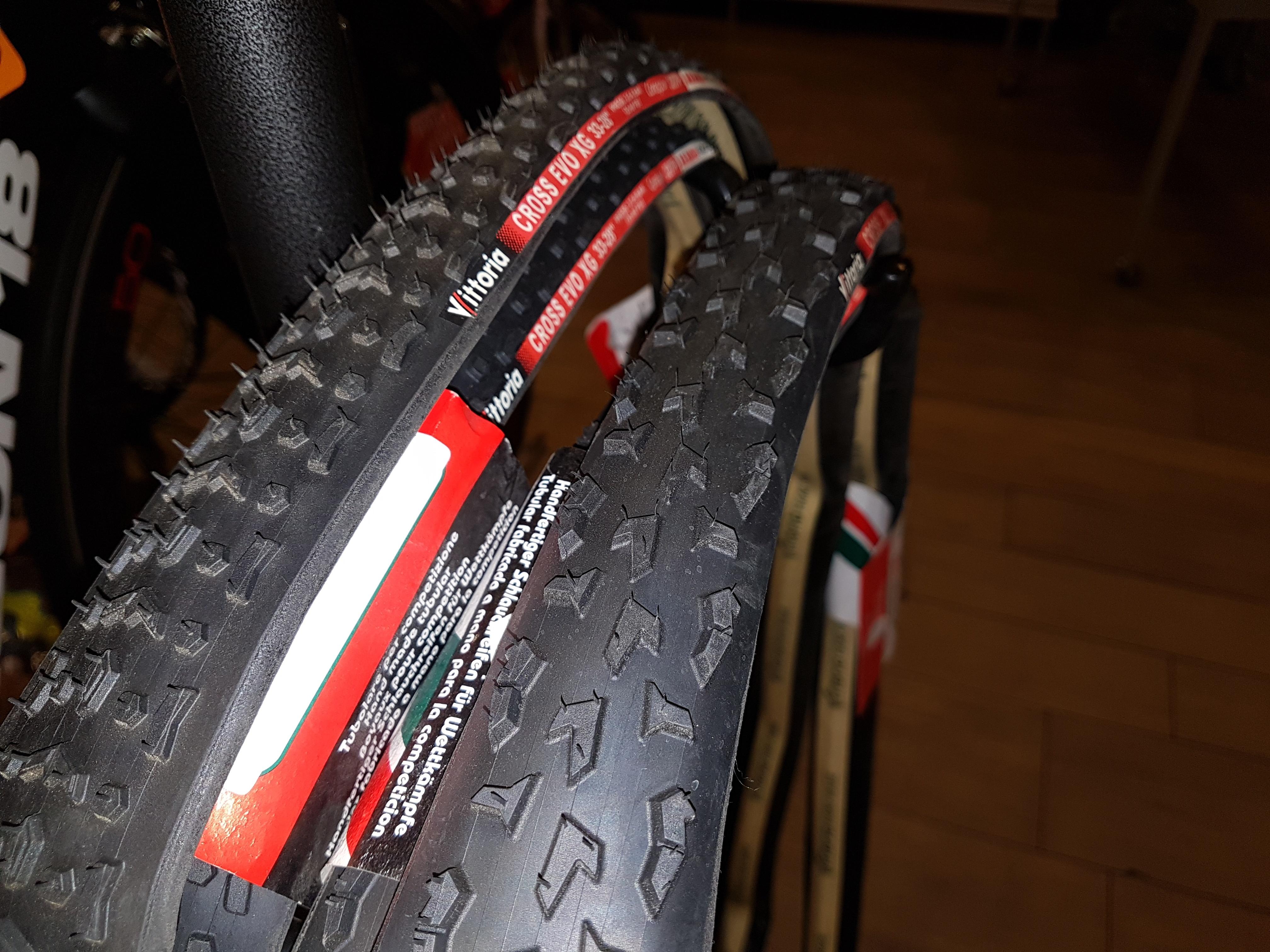 ciclocross-vittoria-tubolari-cross-xg-33-e-xl-33